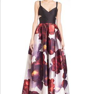 ML Monique Lhuillier Floral Cut Out Gown